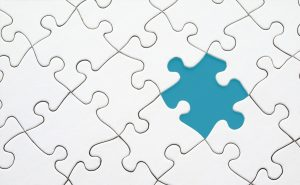 Fachkräftemangel visualisiert mit Puzzleteilen